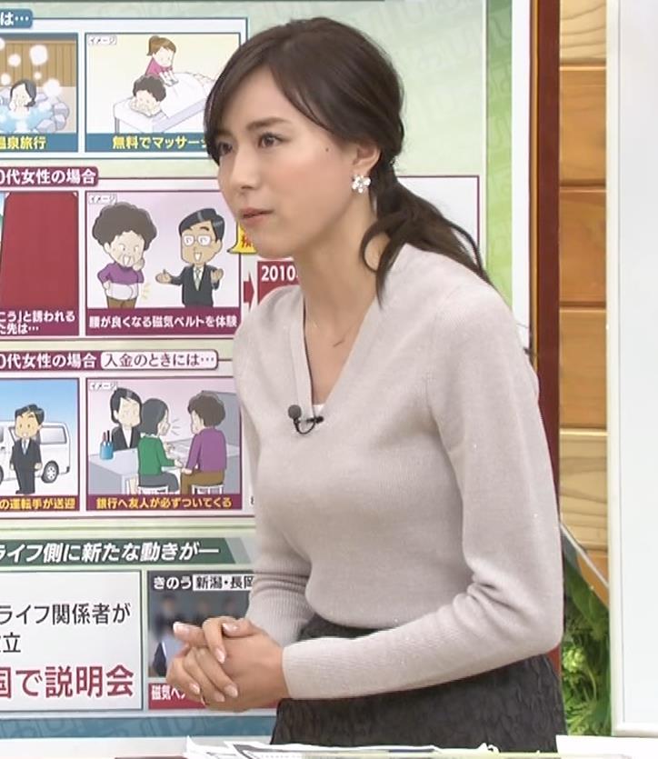笹川友里アナ 細身なのに巨乳というエロいカラダキャプ・エロ画像9