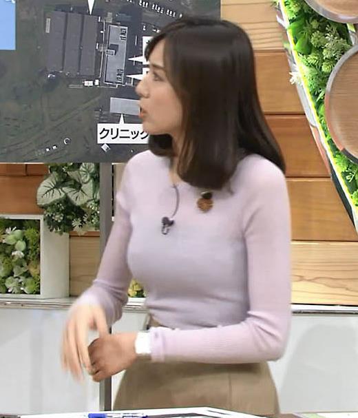 アナ 巨乳のキャミ透けキャプ・エロ画像3