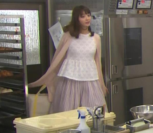 佐々木希 胸のふくらみキャプ・エロ画像5