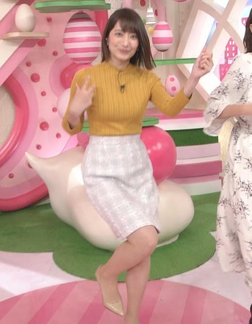 笹崎里菜アナ ピチピチの服のおっぱいキャプ・エロ画像11