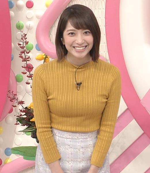 笹崎里菜アナ ピチピチの服のおっぱいキャプ・エロ画像5