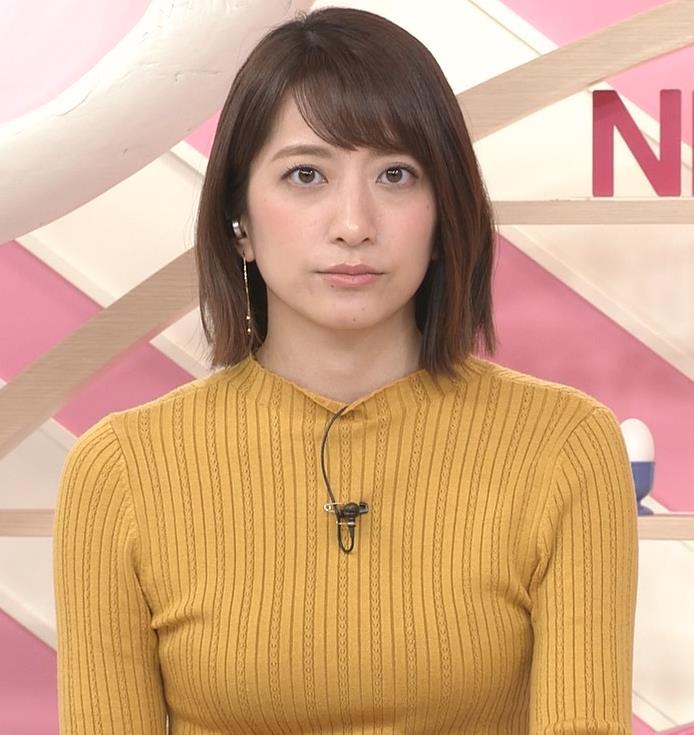 笹崎里菜アナ ピチピチの服のおっぱいキャプ・エロ画像6