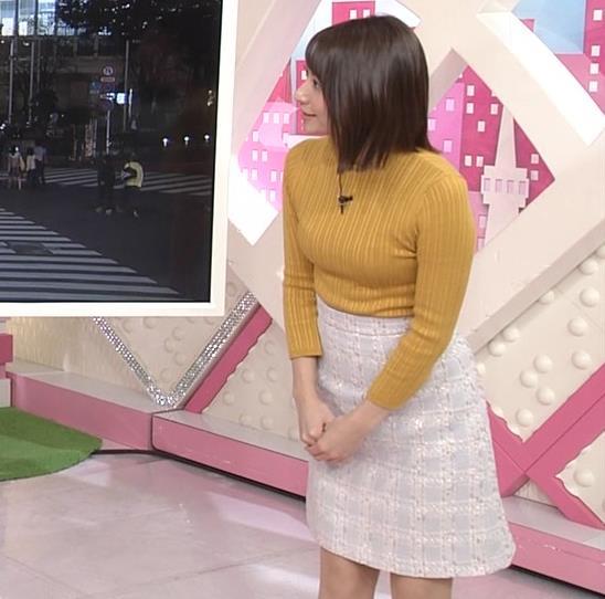 笹崎里菜アナ ピチピチの服のおっぱいキャプ・エロ画像8
