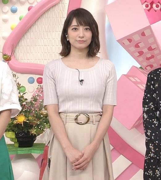 笹崎里菜アナ 安定のニット乳キャプ・エロ画像3