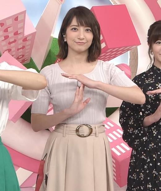 笹崎里菜アナ 安定のニット乳キャプ・エロ画像4