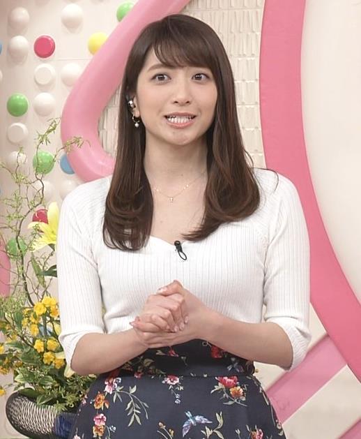 笹崎里菜アナ 安定してエロいニットおっぱい♡キャプ・エロ画像