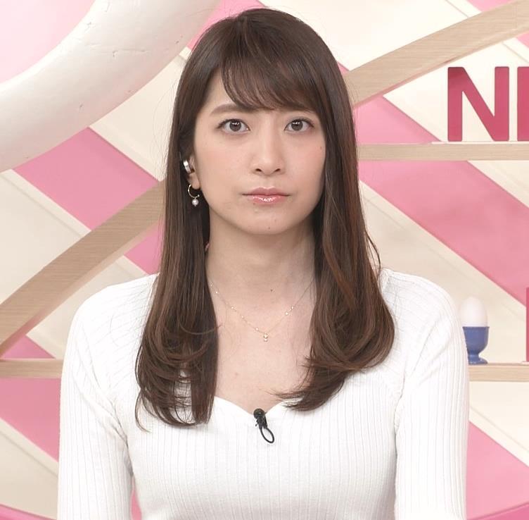 笹崎里菜アナ 安定してエロいニットおっぱい♡キャプ・エロ画像4