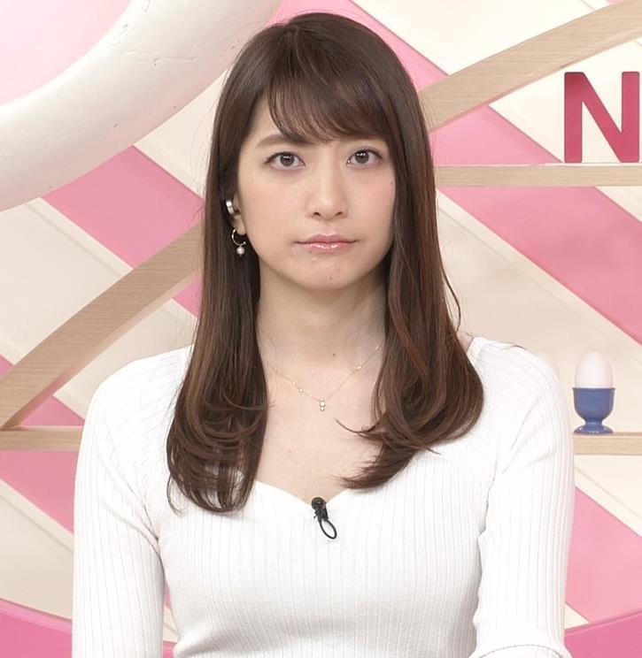 笹崎里菜アナ 安定してエロいニットおっぱい♡キャプ・エロ画像5