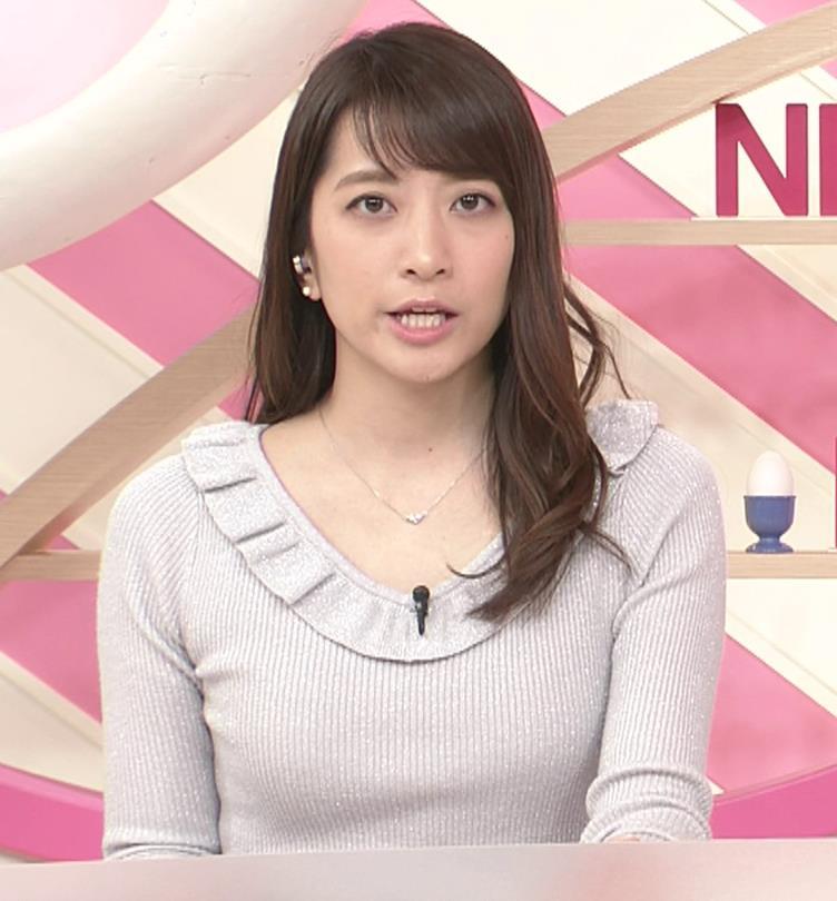 笹崎里菜アナ ニット乳&ミニスカ美脚キャプ・エロ画像5