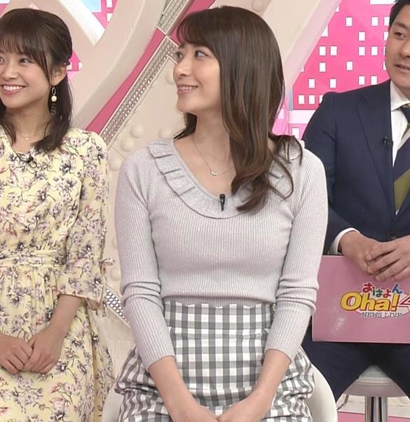 笹崎里菜アナ ニット乳&ミニスカ美脚キャプ・エロ画像8