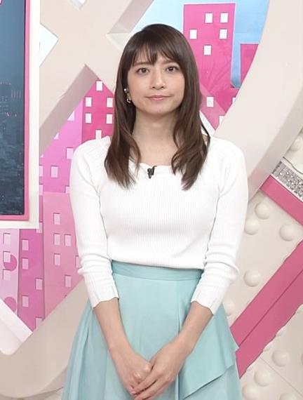 笹崎里菜アナ 白いニットキャプ・エロ画像3