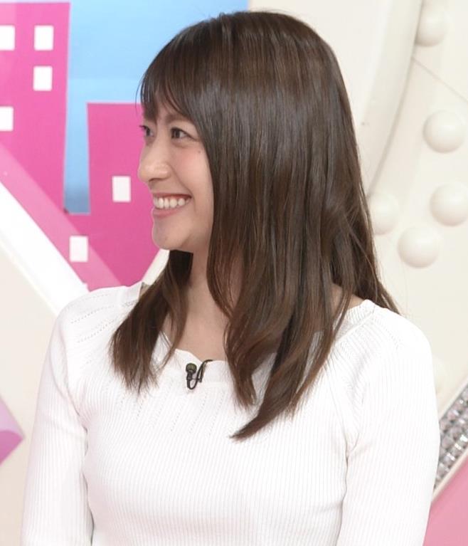 笹崎里菜アナ 白いニットキャプ・エロ画像6