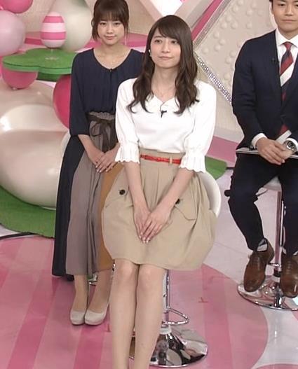 笹崎里菜アナ 白い美脚キャプ・エロ画像6