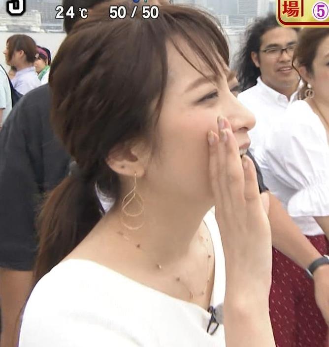 笹崎里菜アナ でかいニット乳がエロ過ぎキャプ・エロ画像11