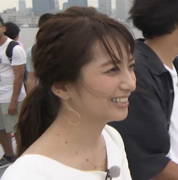 笹崎里菜アナ でかいニット乳がエロ過ぎキャプ・エロ画像10