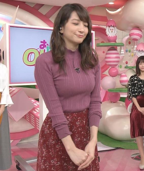 笹崎里菜アナ 乳がデカくなってる!?ニットおっぱいキャプ・エロ画像7
