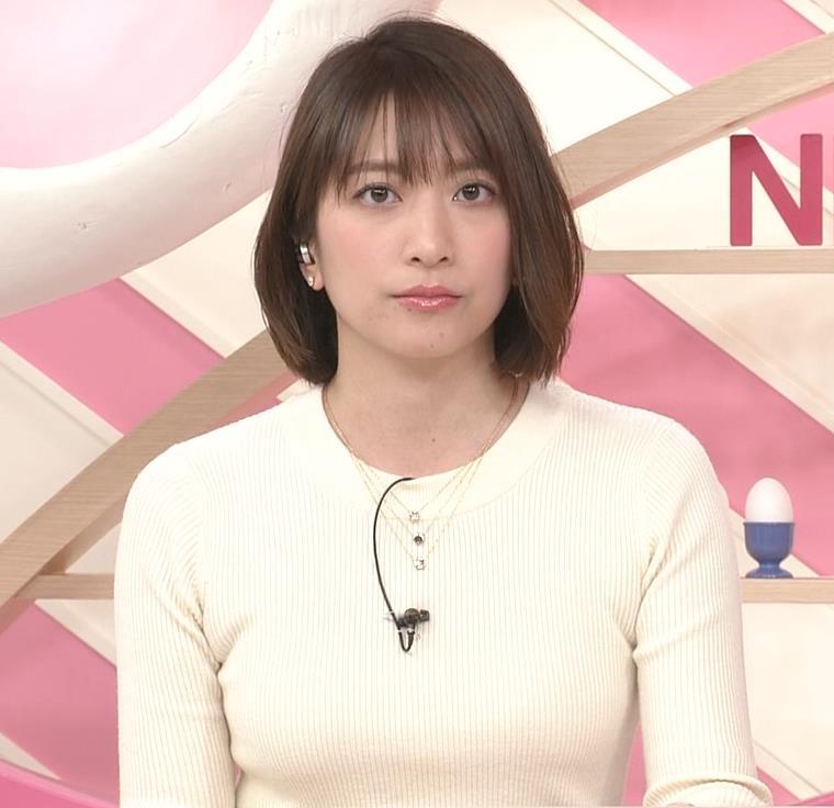 笹崎里菜アナ ピチピチのニットおっぱいキャプ・エロ画像4