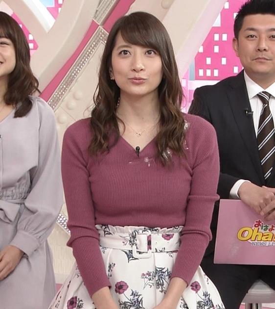 笹崎里菜アナ ニットおっぱいがクッキリしてるキャプ・エロ画像