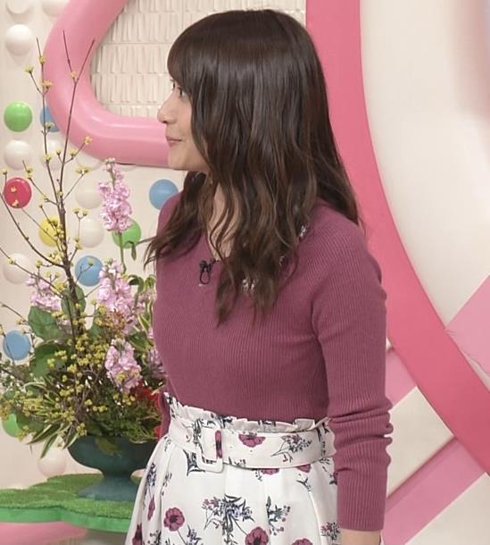 笹崎里菜アナ ニットおっぱいがクッキリしてるキャプ・エロ画像3