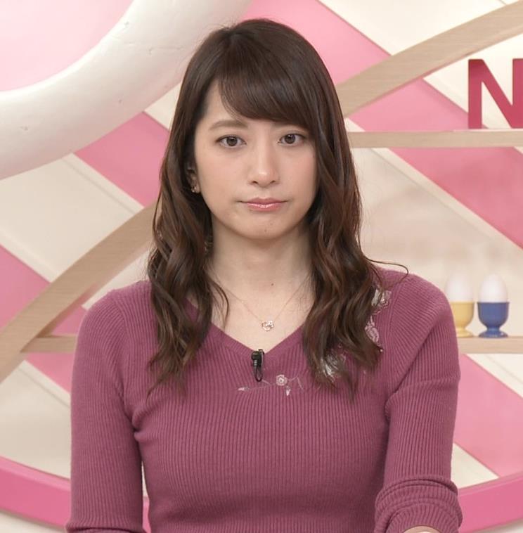 笹崎里菜アナ ニットおっぱいがクッキリしてるキャプ・エロ画像5
