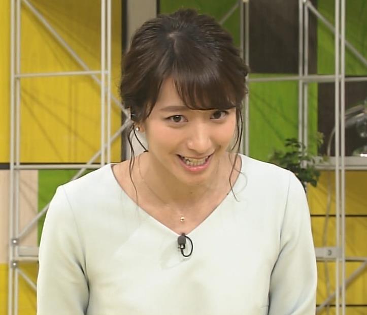 笹崎里菜アナ 乳のふくらみキャプ・エロ画像7