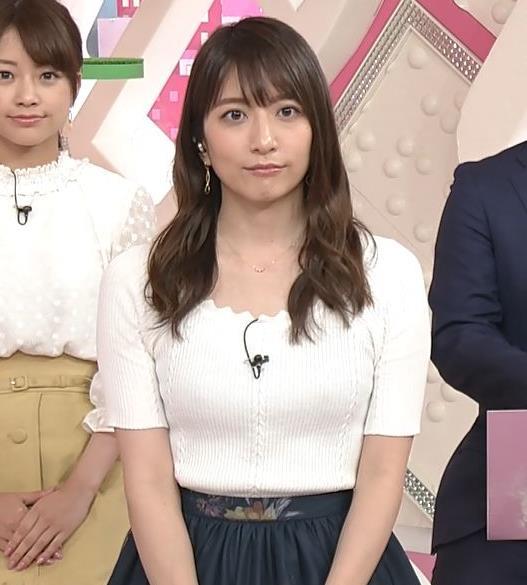 笹崎里菜アナ 白いニットのおっぱい!キャプ・エロ画像5
