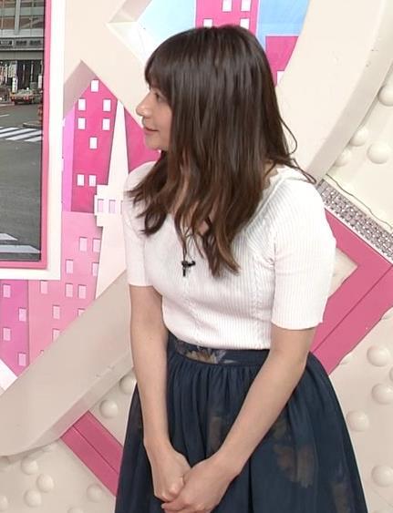 笹崎里菜アナ 白いニットのおっぱい!キャプ・エロ画像9