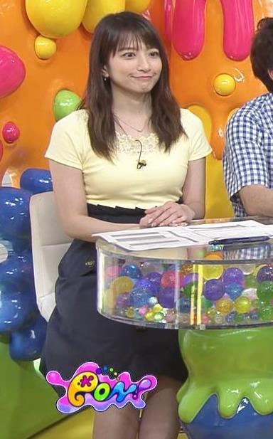 笹崎里菜アナ パツパツのTシャツでお胸が大変なことにキャプ・エロ画像4