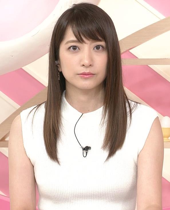 笹崎里菜アナ ピチピチニットでエロいおっぱい♥キャプ・エロ画像