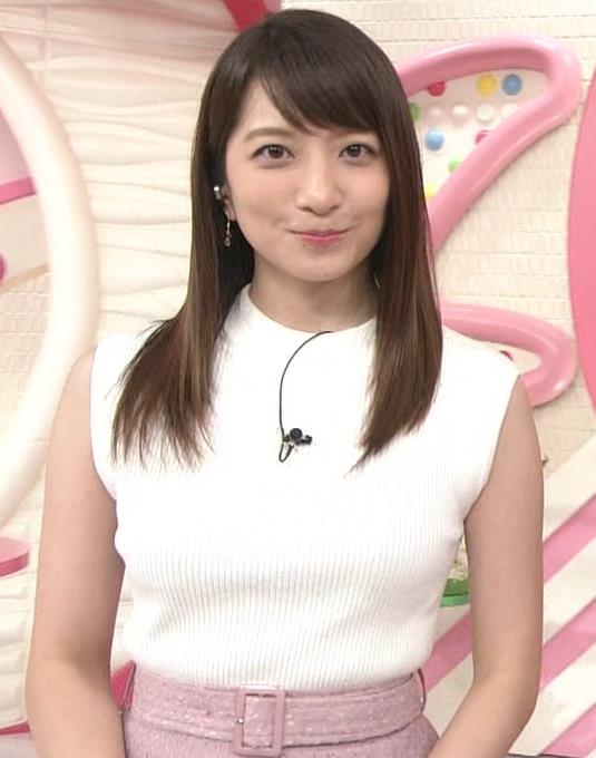 笹崎里菜アナ ピチピチニットでエロいおっぱい♥キャプ・エロ画像4