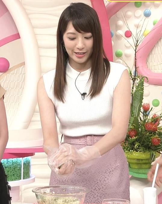 笹崎里菜アナ ピチピチニットでエロいおっぱい♥キャプ・エロ画像6