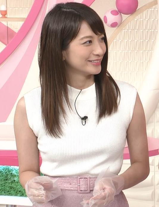 笹崎里菜アナ ピチピチニットでエロいおっぱい♥キャプ・エロ画像7