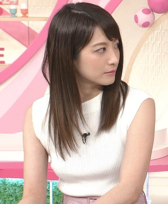 笹崎里菜アナ ピチピチニットでエロいおっぱい♥キャプ・エロ画像9