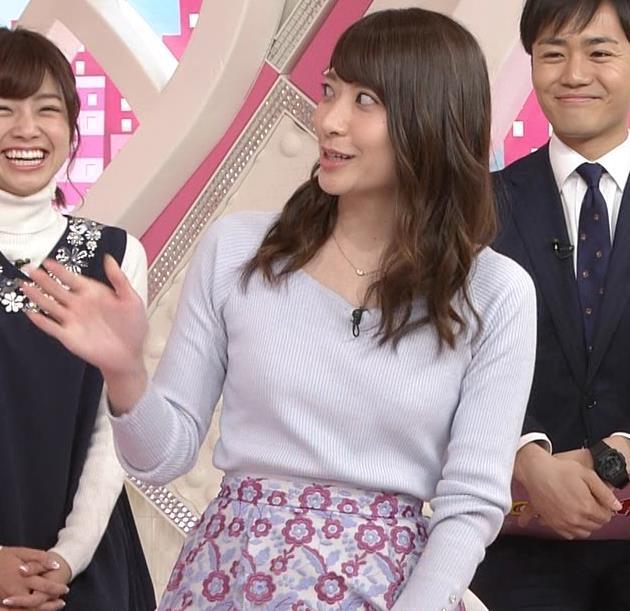 笹崎里奈アナ ニット乳+美脚キャプ・エロ画像9