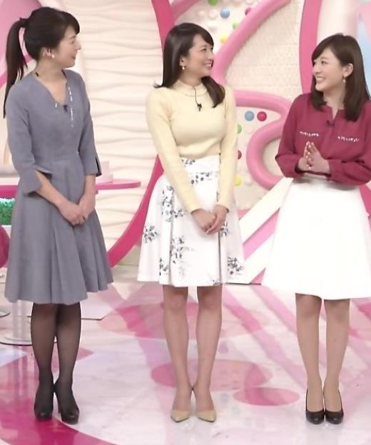 笹崎里菜 巨乳がよくわかるニットキャプ画像(エロ・アイコラ画像)