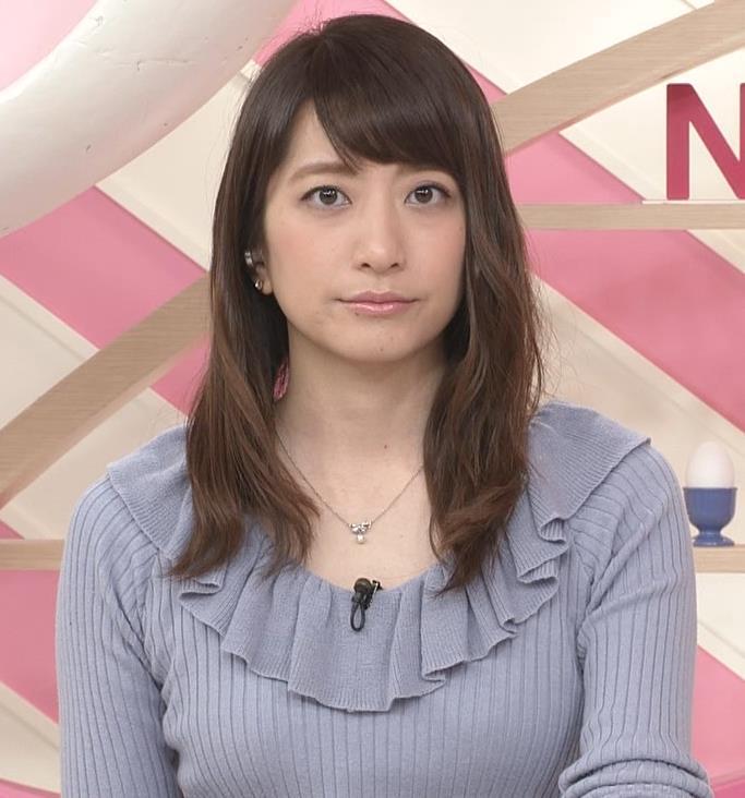 笹崎里菜アナ 乳がまたエロかったよキャプ・エロ画像2