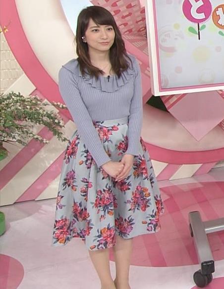 笹崎里菜アナ 乳がまたエロかったよキャプ・エロ画像9