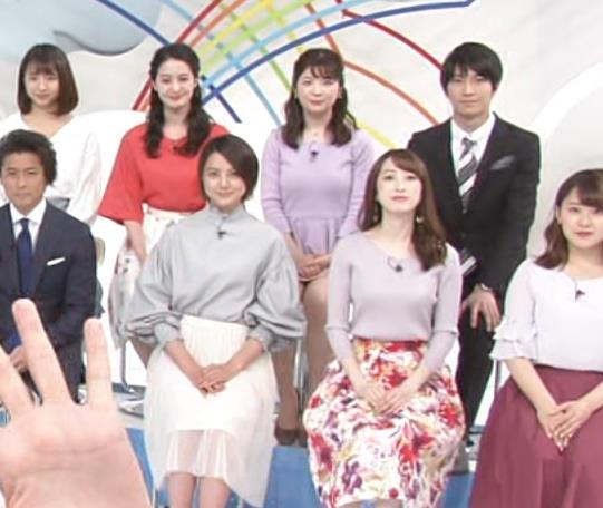 佐藤真知子アナ ムッチリ系女子アナの太もものアップキャプ・エロ画像5