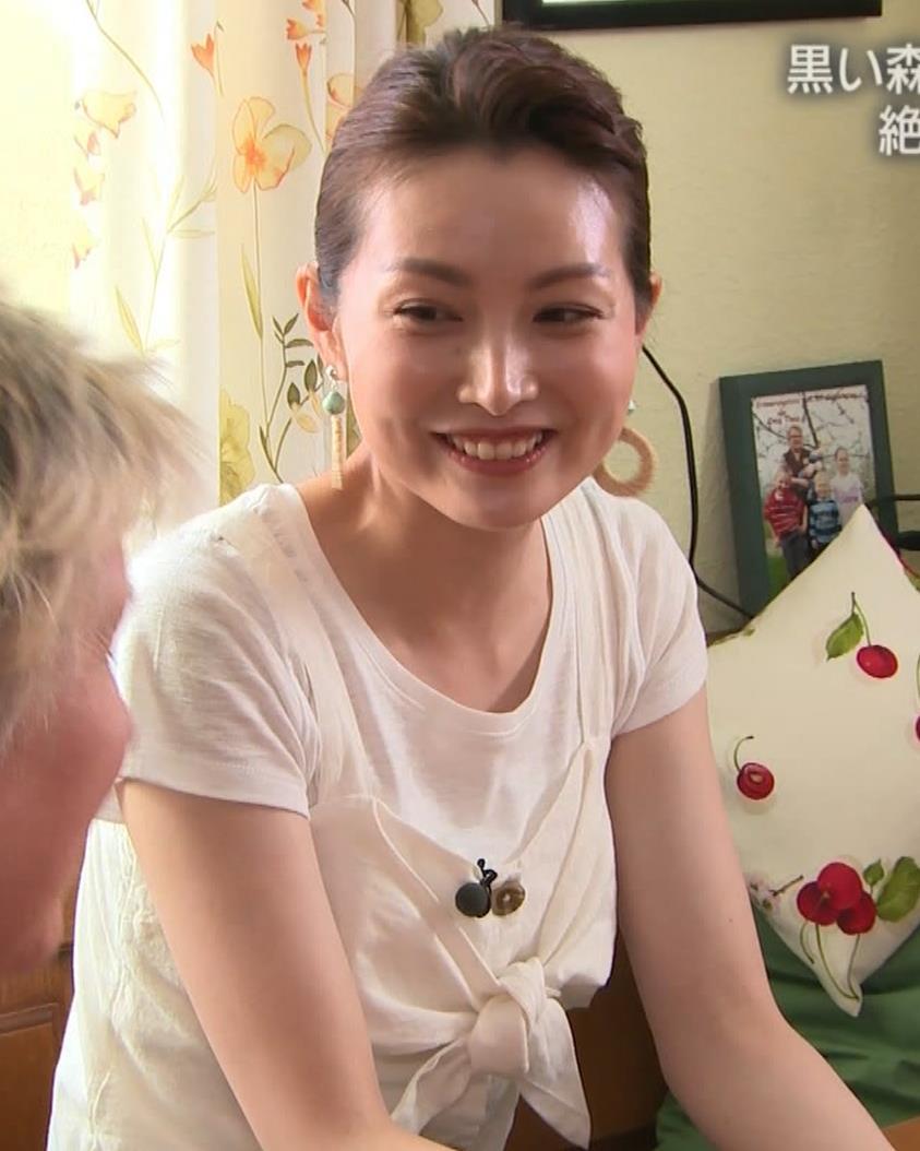 佐藤めぐみ 美人女優の微乳横乳キャプ・エロ画像13