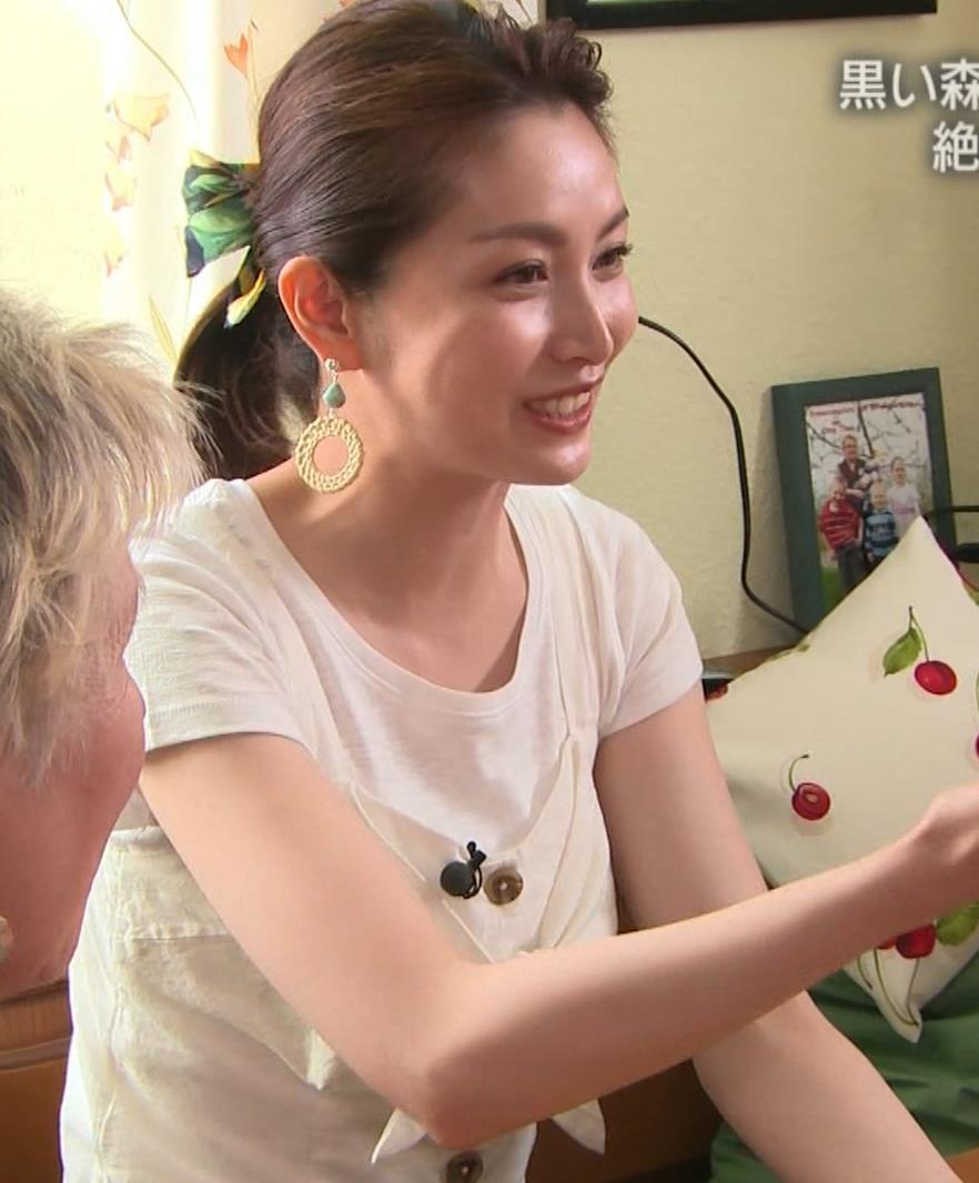 佐藤めぐみ 美人女優の微乳横乳キャプ・エロ画像14