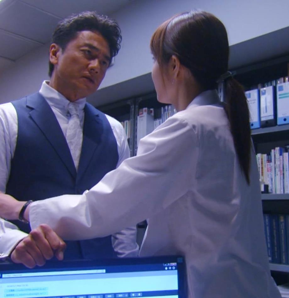 佐藤めぐみ 「正義のセ」 よりキャプ・エロ画像3