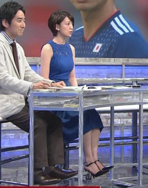佐藤美希 ワールドカップ日本戦中継のワンピースがエロ過ぎキャプ・エロ画像2