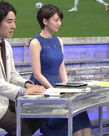 佐藤美希 ワールドカップ日本戦中継のワンピースがエロ過ぎキャプ・エロ画像10