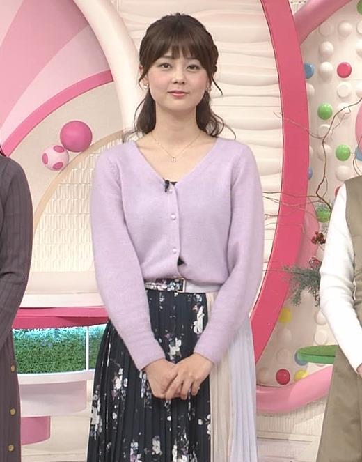 佐藤梨那アナ 日テレの美人アナキャプ・エロ画像2