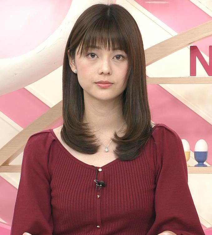 佐藤梨那アナ お辞儀のおっぱいがエロいキャプ・エロ画像5