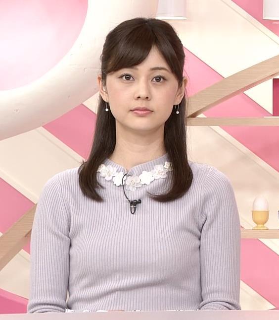 佐藤梨那アナ 日テレ若手美人アナのニットおっぱいキャプキャプ・エロ画像5