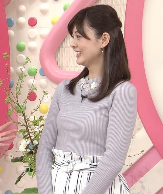 佐藤梨那アナ 日テレ若手美人アナのニットおっぱいキャプキャプ・エロ画像6