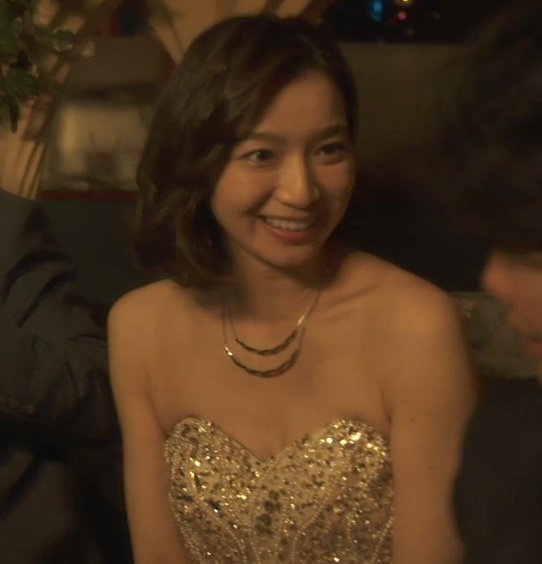 芹那 キャバ嬢役でフジテレビのドラマにエロ衣装で出てたキャプ・エロ画像5