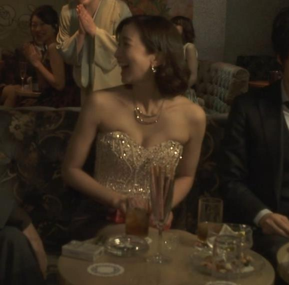 芹那 キャバ嬢役でフジテレビのドラマにエロ衣装で出てたキャプ・エロ画像6