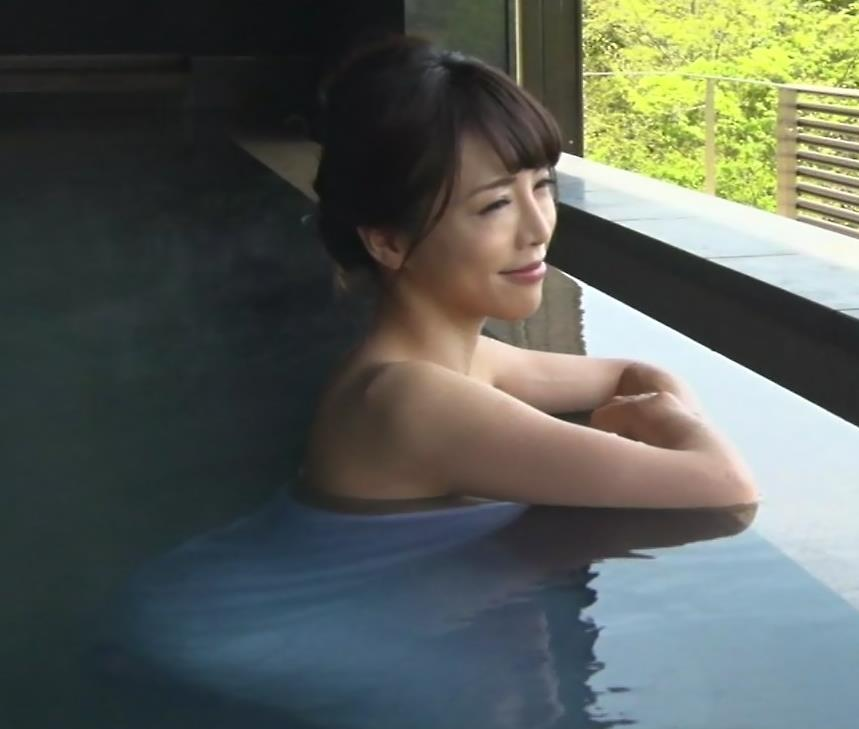 釈由美子 まだまだエロい温泉入浴シーンキャプ・エロ画像